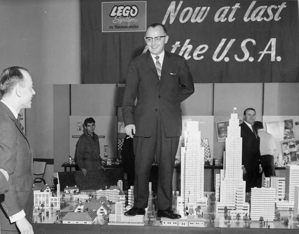 Storia della LEGO - 1961 - Arrivano i prodotti LEGO negli USA
