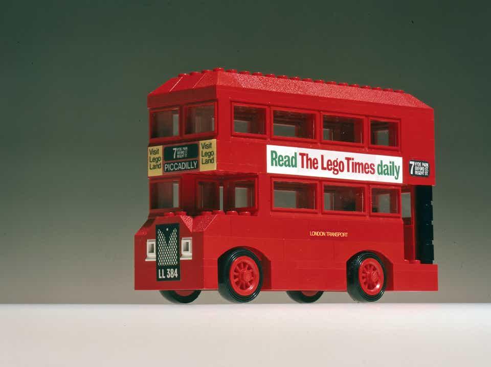 Storia della LEGO - 1973 - Autobus LEGO degli anni '70