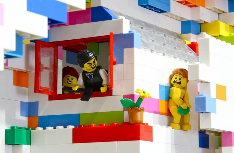 LEGO Walls - I Muri in LEGO di Dante Dentoni - Arte LEGO - Parla da Sola!