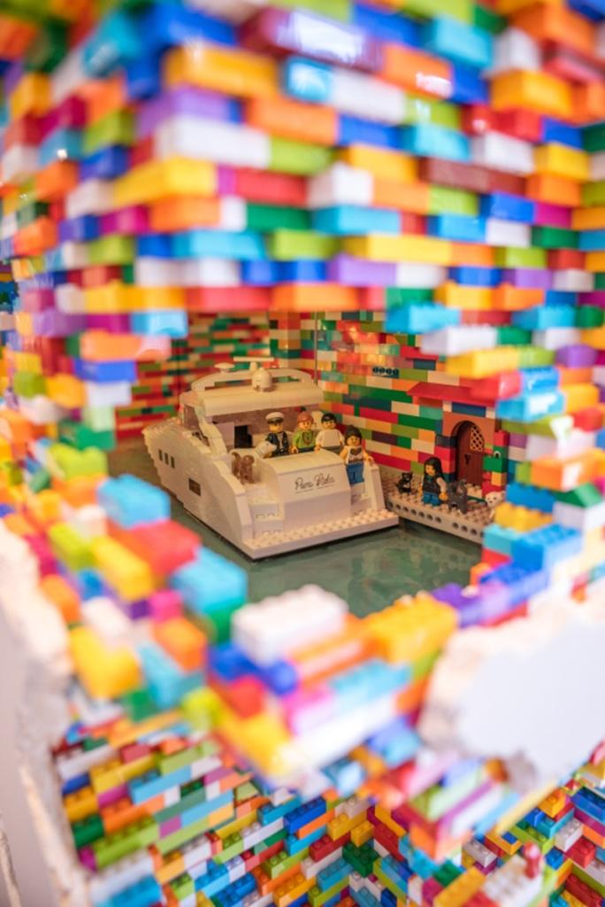 LEGO Walls - I Muri in LEGO di Dante Dentoni - Arte LEGO - Le cose accadono!