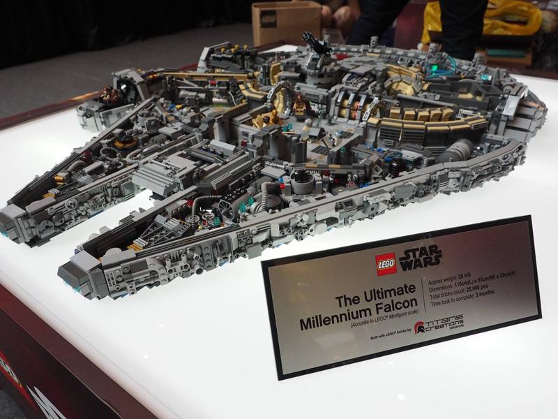 Millennium Falcon Star Wars LEGO MOC img 1 di 4