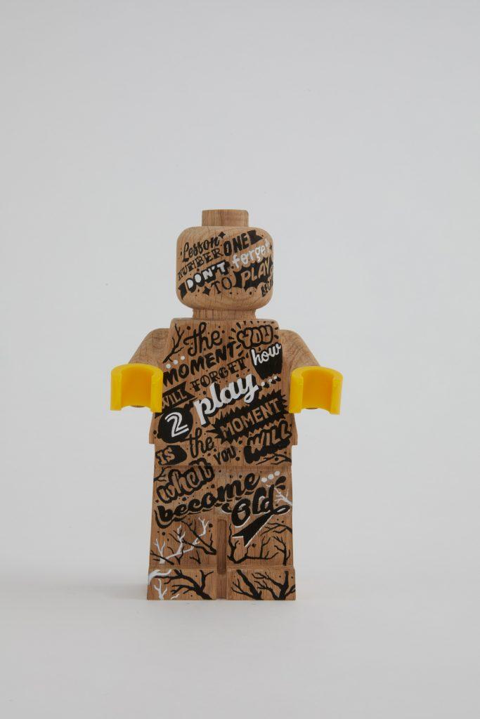 Minifigura LEGO Originals in LEGNO Iconico - Set 853967 - Figura Personalizzata 1