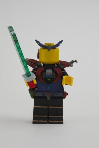 Minifigura LEGO Originals in LEGNO Iconico - Set 853967 - Figura Personalizzata 5