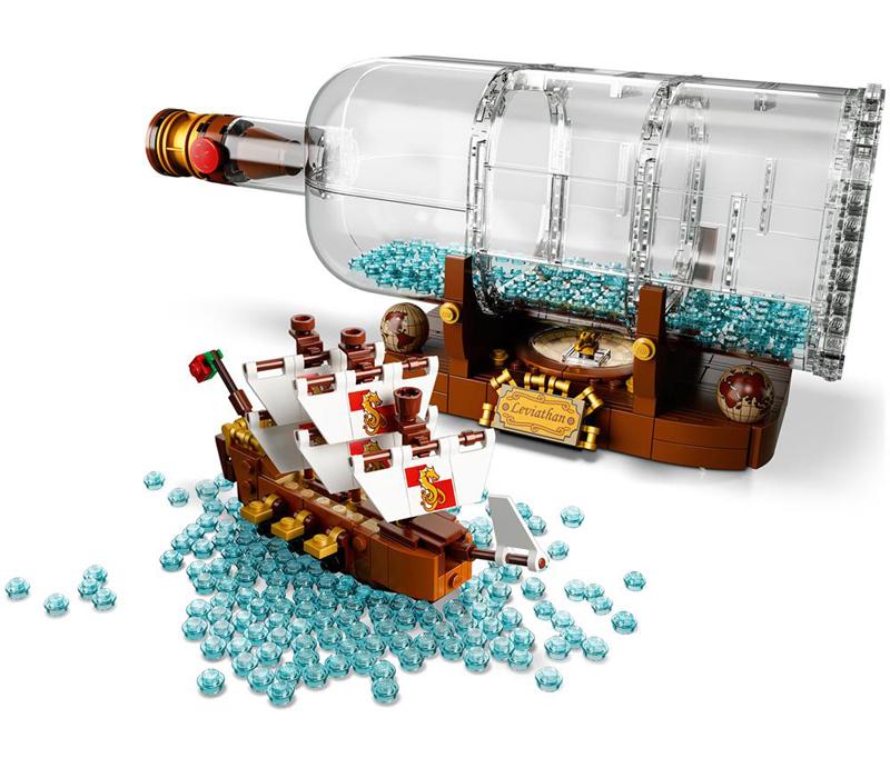 LEGO Ideas - Nave nella Bottiglia - Vista Laterale