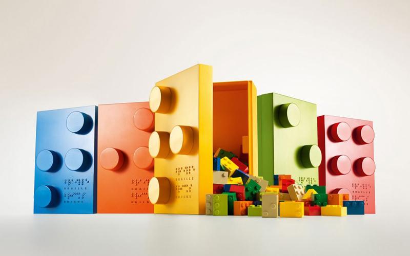 Rivelato LEGO Braille - Nuovi mattoncini Braille per Bambini non vedenti e ipovedenti per il 2020