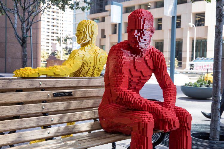 Diventa un LEGO Master Builder - Scultura Uomini sulla Panchina