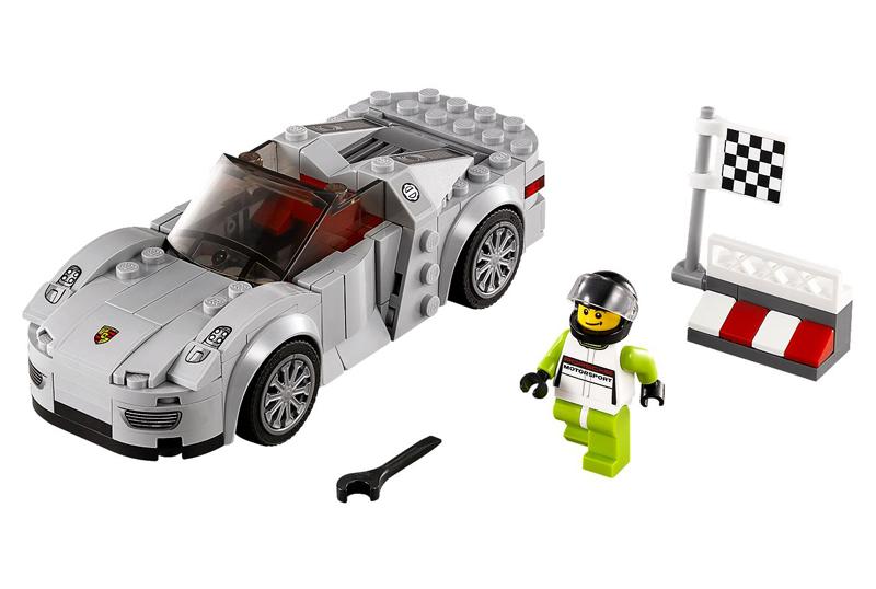 LEGO Speed Champions - Porsche 918 Spyder - set 75910 cono Minifigura Pilota Porsche 918 Spyder e Bandiera Traguardo